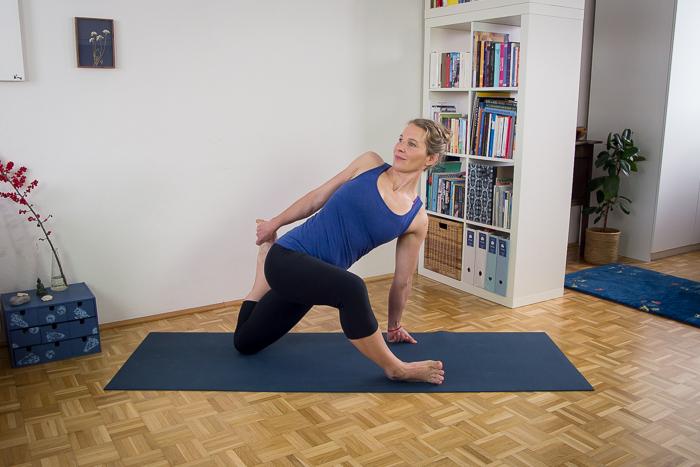 Yoga-slider-6